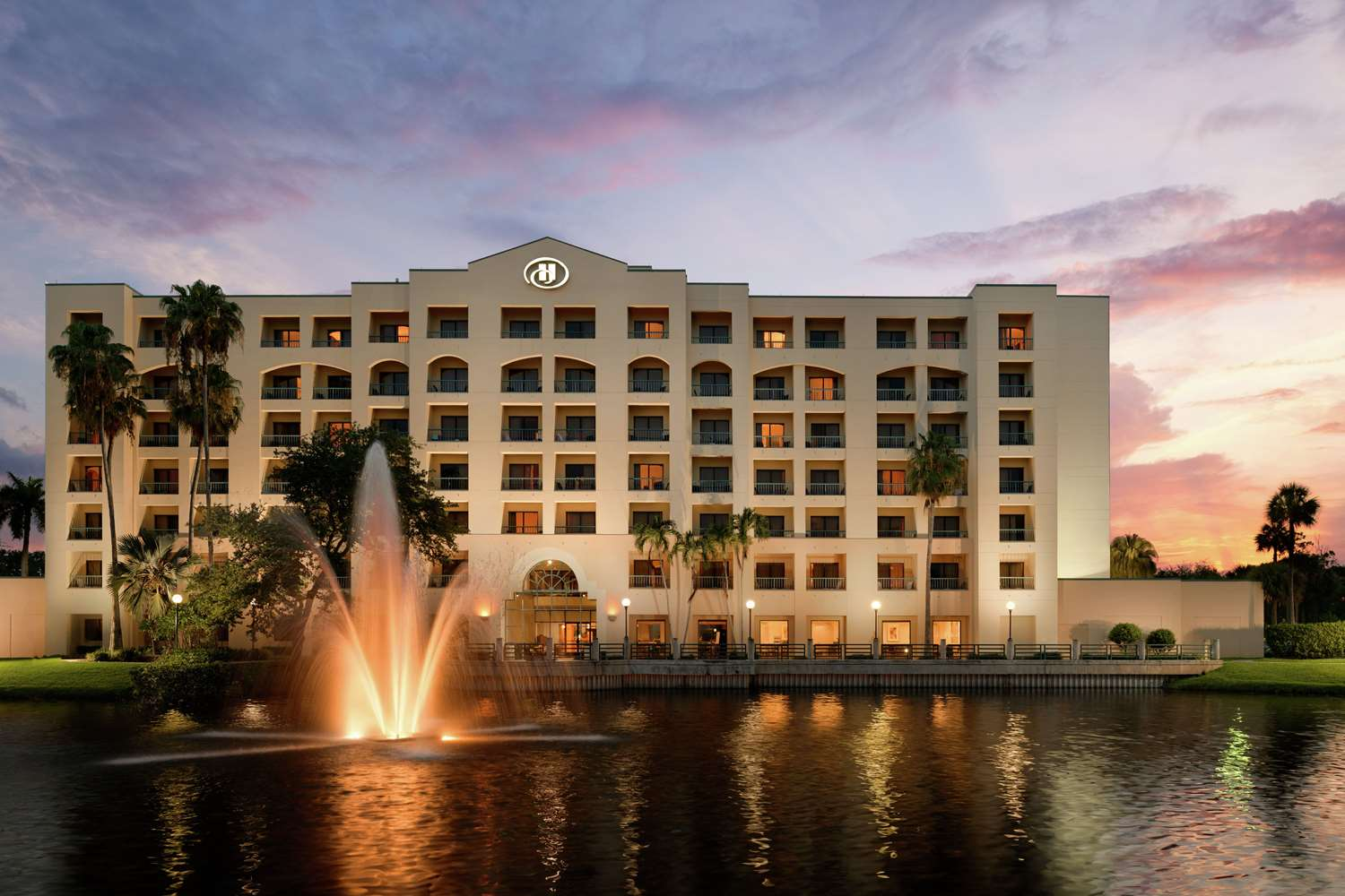 Pure Rooms Promote Well-Being at the Hilton Boca Raton Suites
