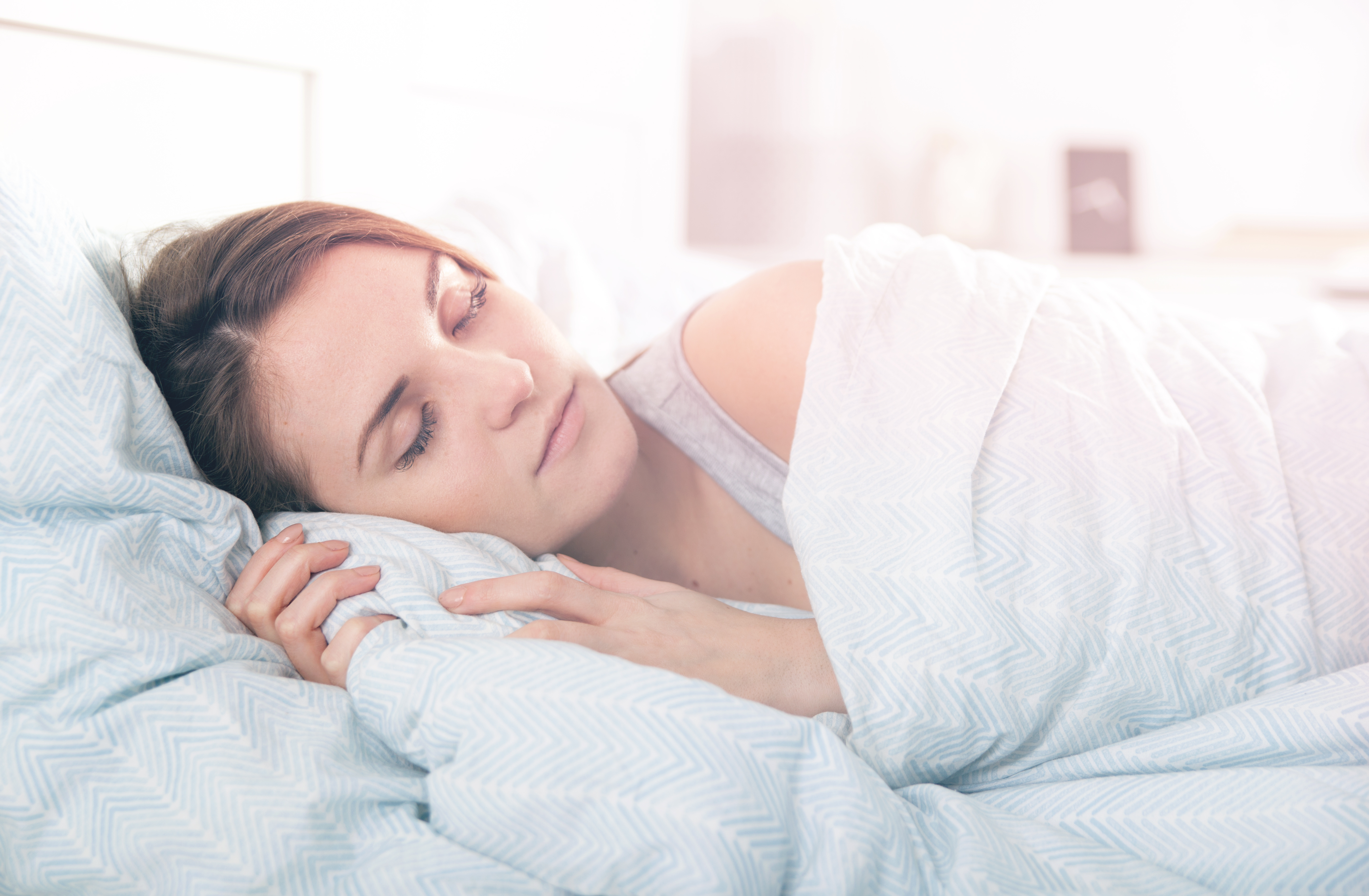 7 Ways to Sleep Better this Winter
