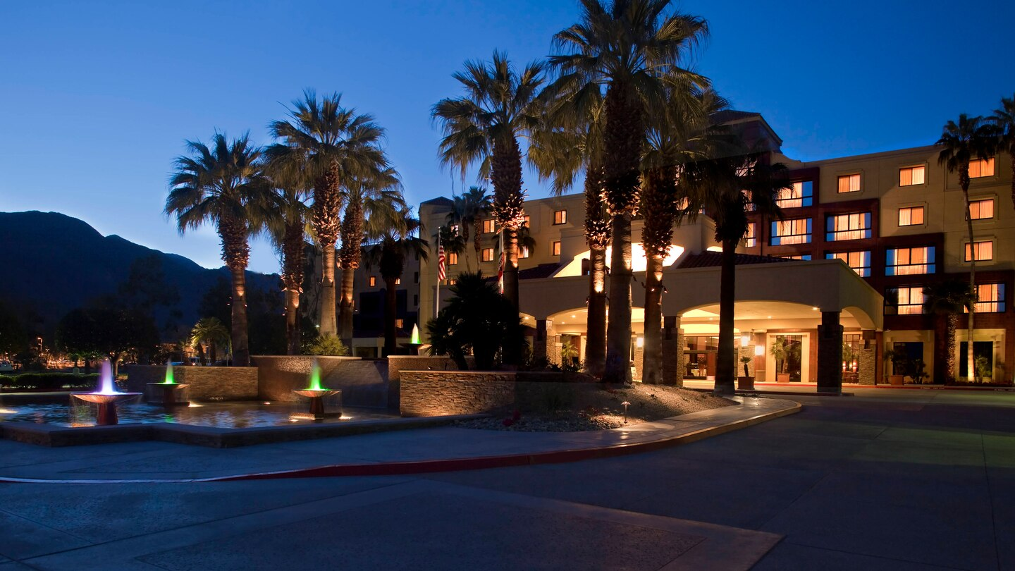 Renaissance Palm Springs Offers the Wellness Experience of Pure Rooms